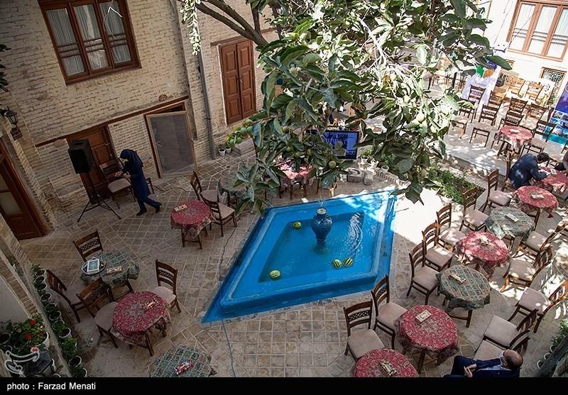 افتتاح اقامتگاه بامگاه توسط وزیر میراث فرهنگی در کرمانشاه
