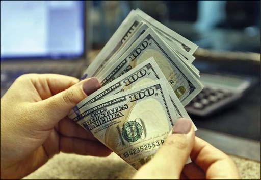 چشم انداز کاهشی دلار پس از فتح قله 29 هزار تومان