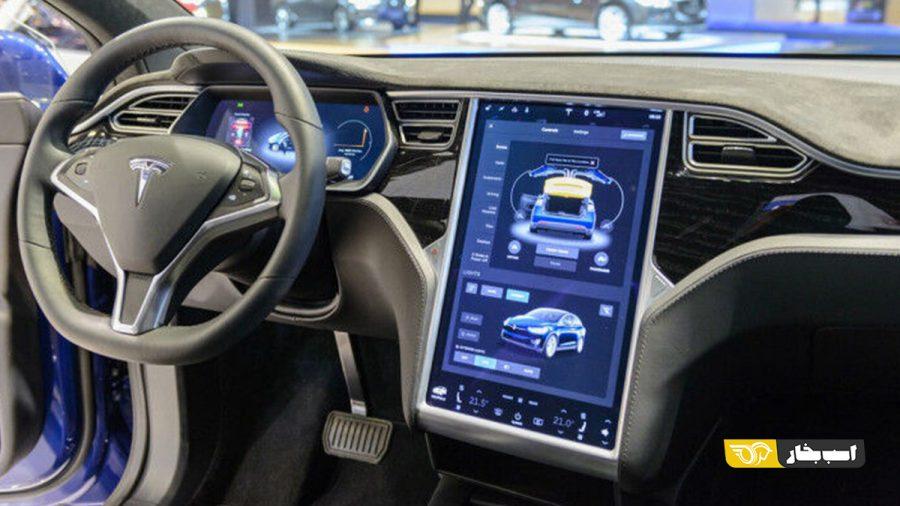 قابلیت تشخیص رنگ چراغ راهنمایی در سیستم راننده خودکار