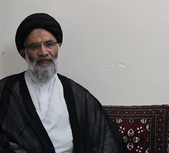عکس/ عیادت نماینده ولیفقیه در خوزستان از آیتالله شفیعی