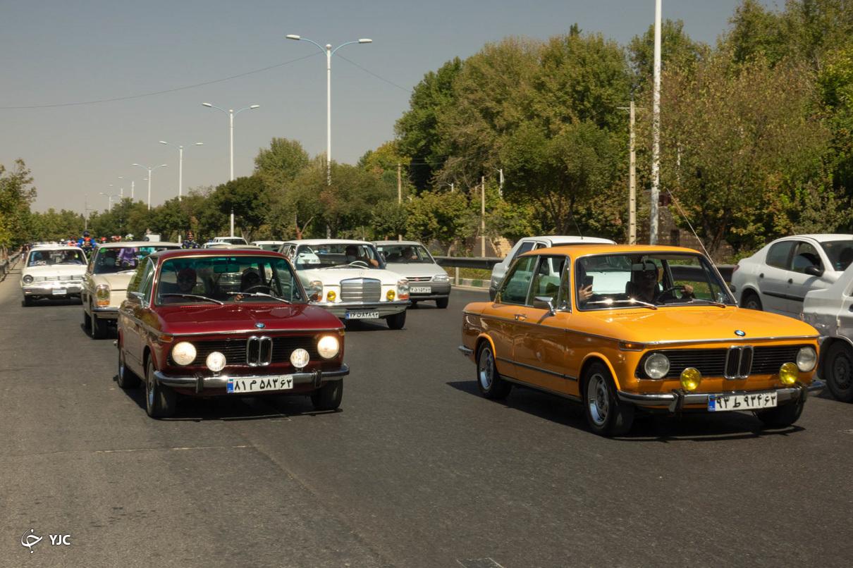 رالي تور شهري خودروهاي قديمي در شيراز