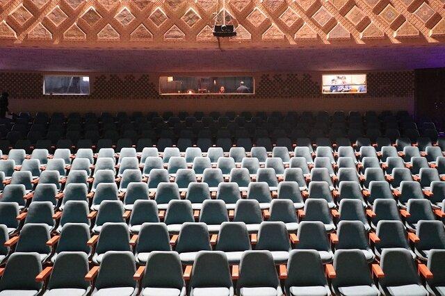 تعطيلي يک هفتهاي سالنهاي سينما و تئاتر