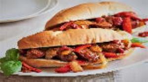 طرز تهیه سوسیس بندری خانگی به سبک ساندویچیهای مشهور