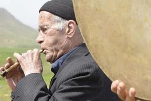 مدیرکل دفتر موسیقی درگذشت امان الله طاهری را تسلیت گفت