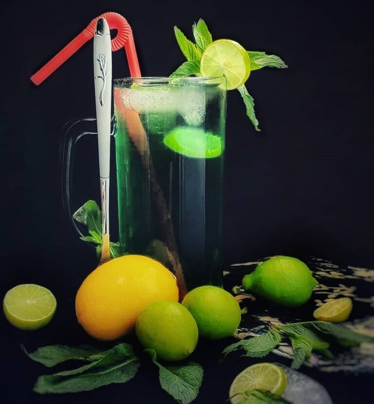 نوشيدني ها/ با شربت ليمو و نعناع به بدنتان جان تازه بدهيد