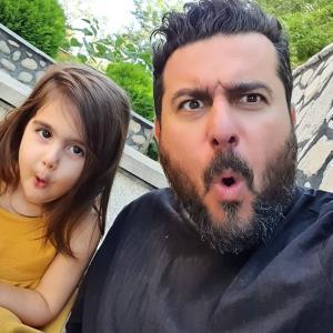 چهره ها/ مسخره بازیِ پدر دختری محسن کیایی و رُز