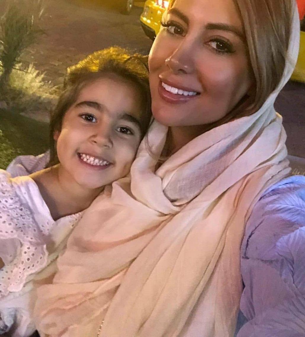 چهره ها/ همسر بابک جهانبخش و دخترش نیلا