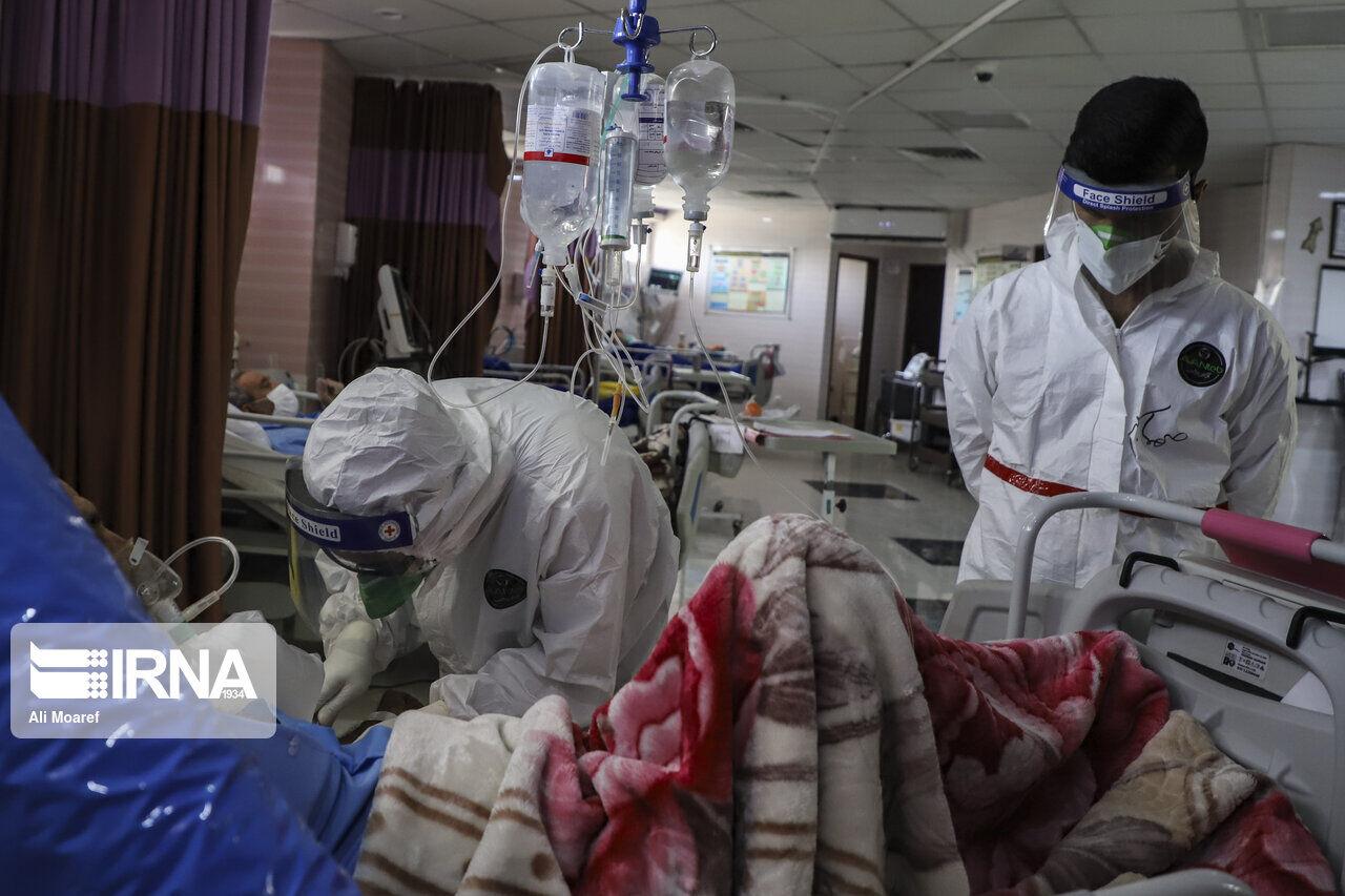 ۳۰۰ نفر از نیروهای دانشگاه علوم پزشکی گناباد به کرونا مبتلا شدهاند