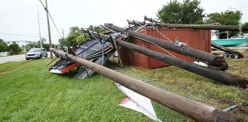 تصاویر جدید از خسارت طوفان «اتا»