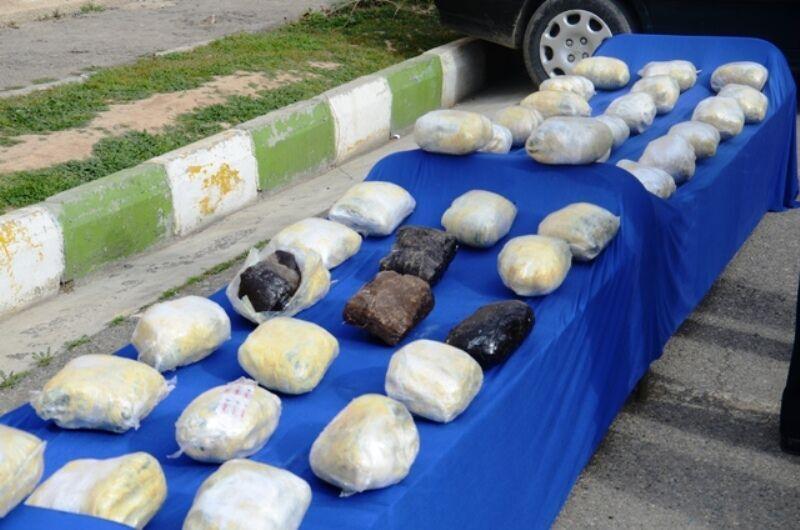 کشف محموله 2 تنی مواد مخدر در عملیات مشترک با پلیس فارس