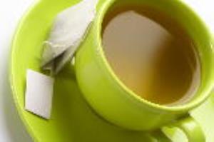 خطرات چای سبز کیسهای را جدی بگیرید