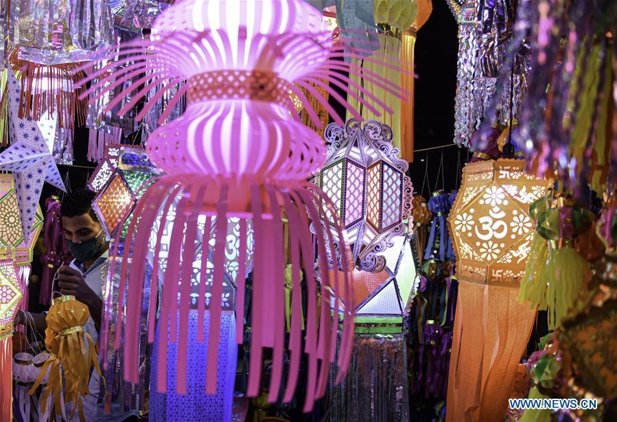 کالای تزئینی مورد علاقه هندوها در منزل