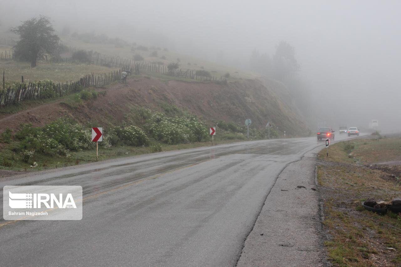 تمامی جادههای استان کرمانشاه لغزنده است