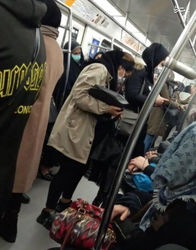 عکس/ شلوغی اتوبوس و مترو تهران در روز اول تعطیلات