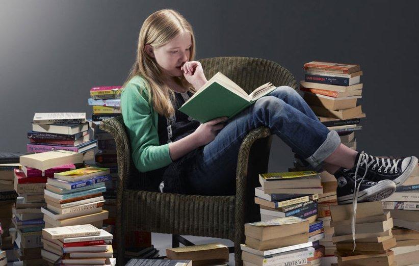 ۳۰ رمان جذاب که نوجوانان حتما باید بخوانند