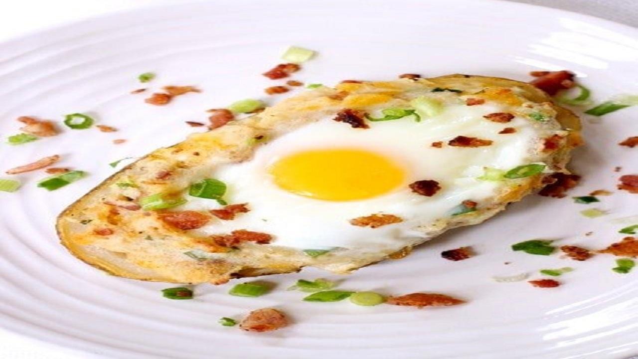 طرز تهیه یک غذای جدید و خوشمزه با سیب زمینی و تخم مرغ