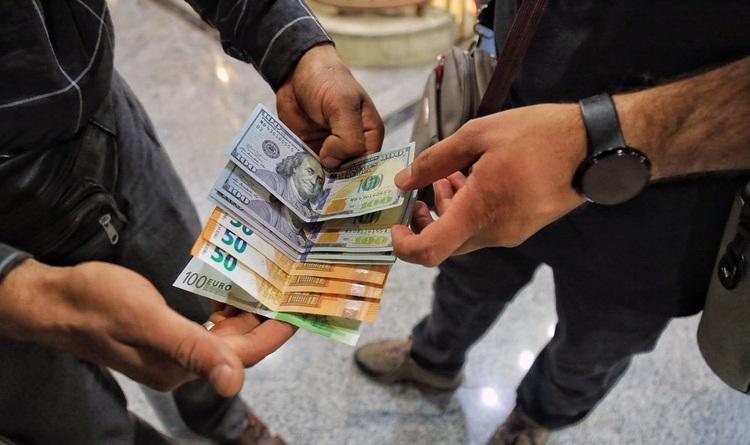 سکه و دلار کانال عوض کردند؛ تابلوهای قرمز طلا و ارز