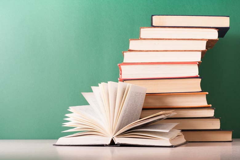 هفت کتاب که خواندنشان حالتان را خوب میکند