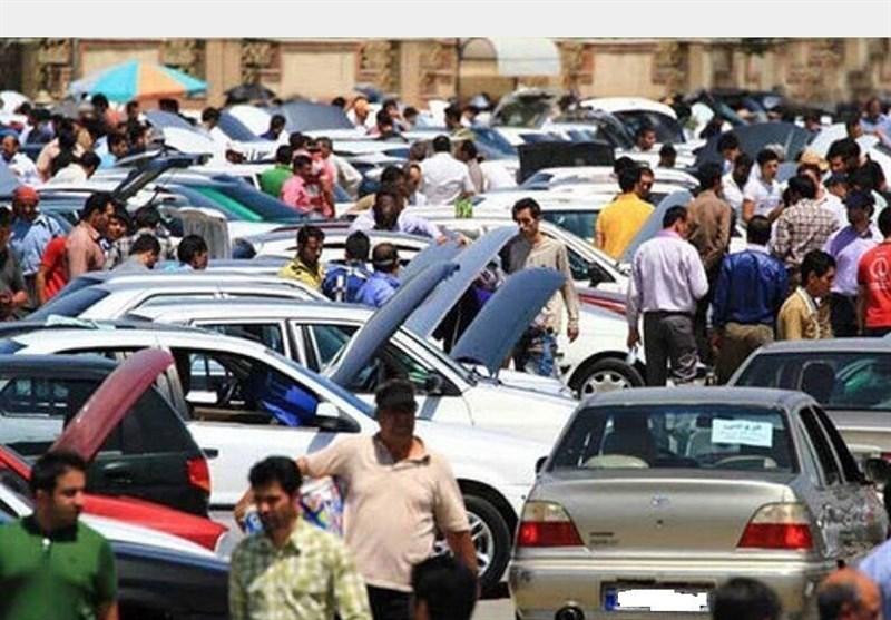 خودرو 30 درصد ارزان شد؛ مشتری در بازار نیمه تعطیل نیست