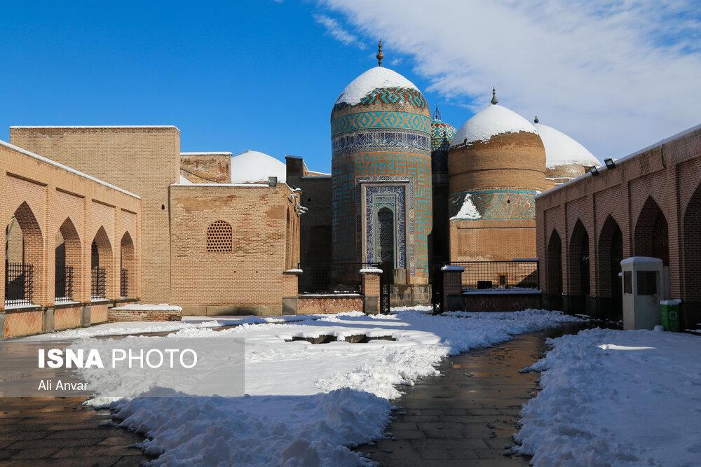 بارش اولین برف پاییزی در اردبیل و زنجان