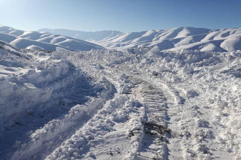 برف راه ۴۶ روستای استان زنجان را بست