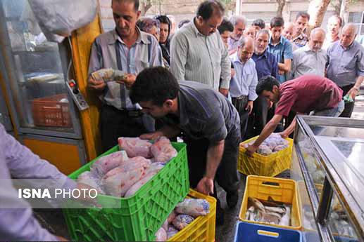 کاهش ۴ هزار تومانی قیمت گوشت مرغ در بازار یزد