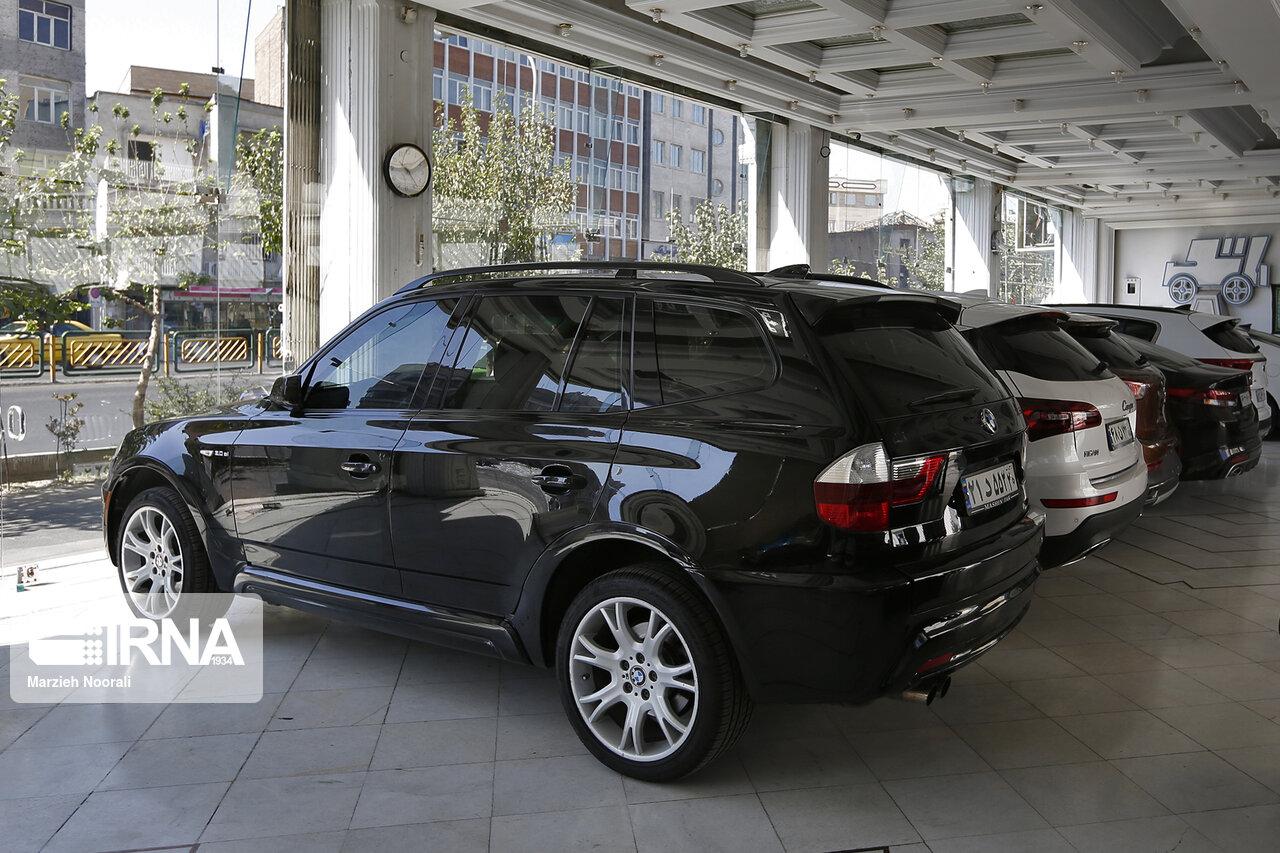 تداوم ریزش های میلیاردی در بازار خودرو های خارجی