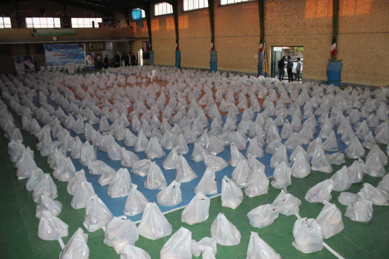 ۳۸۰۰ بسته معیشتی در نظرآباد توزیع شد