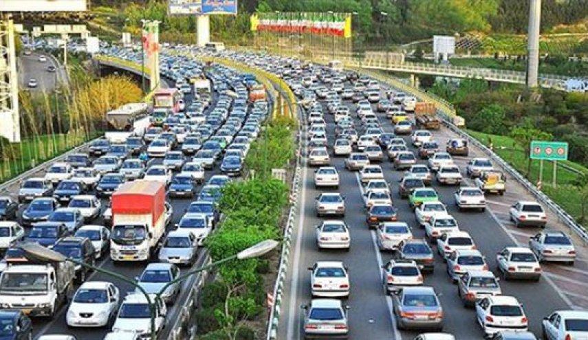 باران ترافیک معابر پایتخت را سنگینتر کرد
