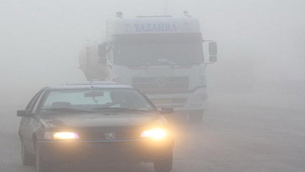 ترافیک و محدودیت دید در جادههای خراسان رضوی