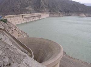 کاهش ذخیره آب پشت سد منجیل