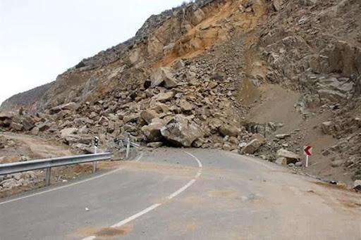 پاکسازی جاده اصلی خوزستان به چهارمحالوبختیاری