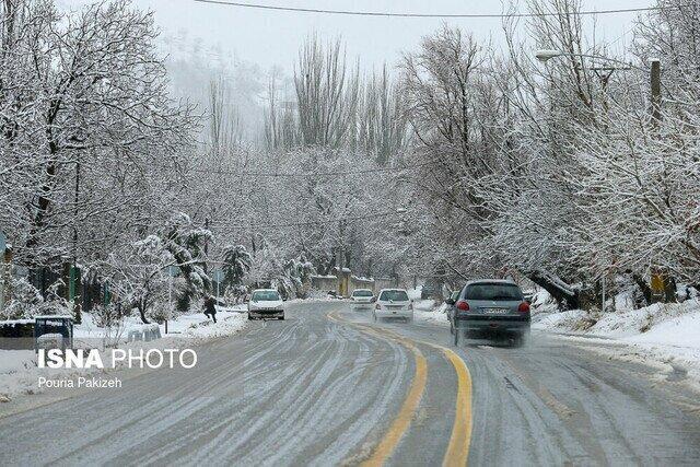 جاده چالوس برفی است