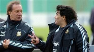 مربی افسانهای از مرگ مارادونا خبر ندارد!