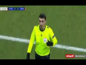 توهین نژادپرستانه داور چهارم و توقف بازی پاریسنژرمن و استانبول باشاکشهیر