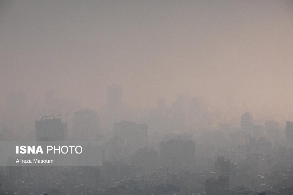 تصاویری عجیب از آسمان پایتخت؛ تهران ناپدید شد!