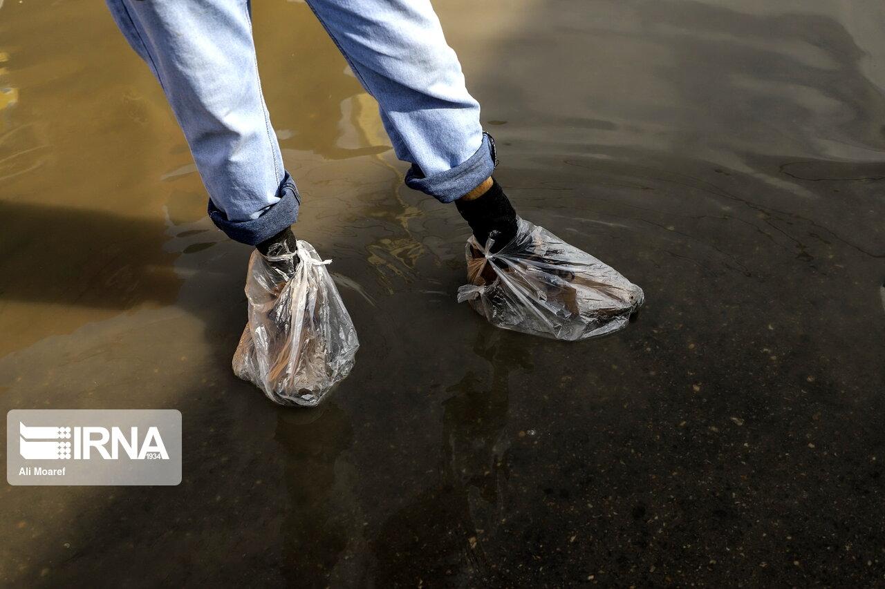 پاپوش متفاوت شهروند اهوازی در سریال تکراری آبگرفتگی