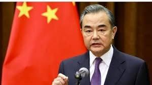 وزیر خارجه چین: آمریکا رایزنی و مذاکره را انتخاب کند
