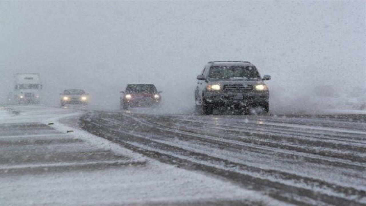 بارش برف در محورهای خراسان شمالی