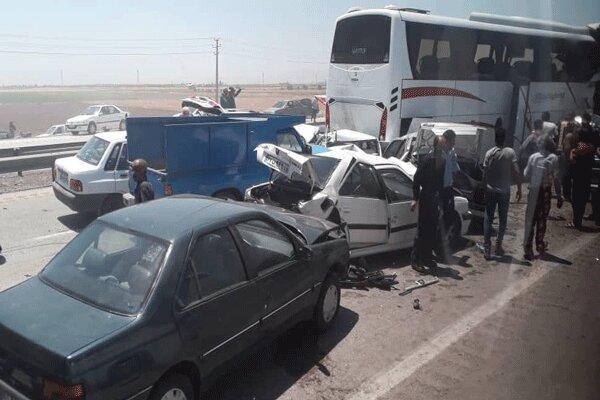 تصادف زنجیرهای در اتوبان تهران - قزوین