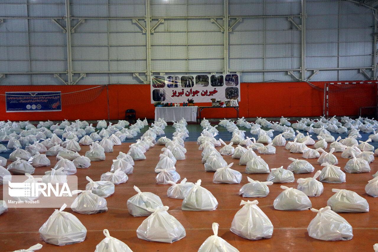 توزیع ۲ هزار و ۶۰۰ بسته ویژه یلدا در مناطق حاشیهنشین تبریز