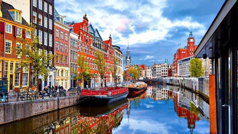 ۱۰ شهر گردشگری در جهان که پس از سفر ناامید برمیگردید!