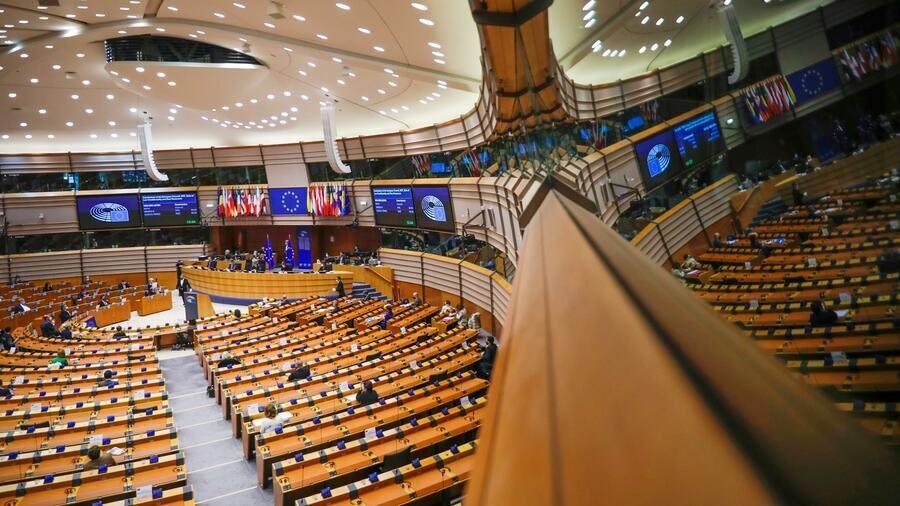 رأی پارلمان اروپا به برنامه اضطراری برگزیت