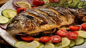 طرز تهیه ماهی سفید شکم پر مجلسی به روش گیلانی و فوت و فن مزهدار کردن آن