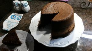 کیک اسفنجی شکلاتی؛ خوشمزه با روشی آسان