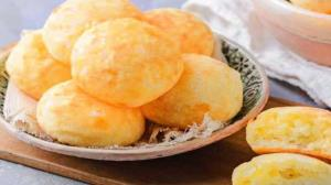 طرز تهیه نان پنیری پفکی با طعمی بینظیر