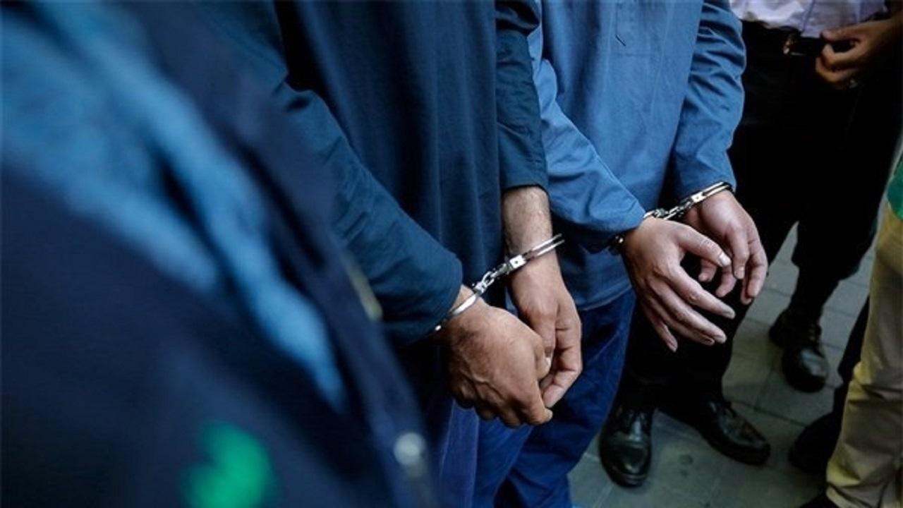 پلیس شهرکرد سارق مغازه را حین سرقت دستگیر کرد