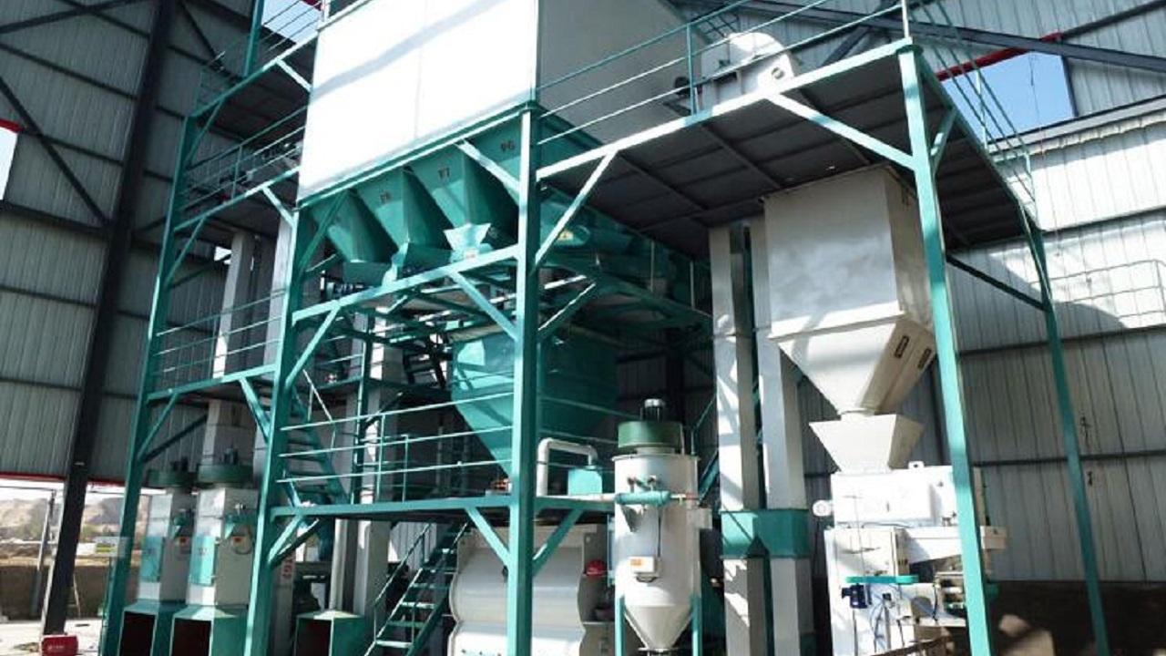 افتتاح کارخانه تولید مکملهای ویتامینه دامی در اراک
