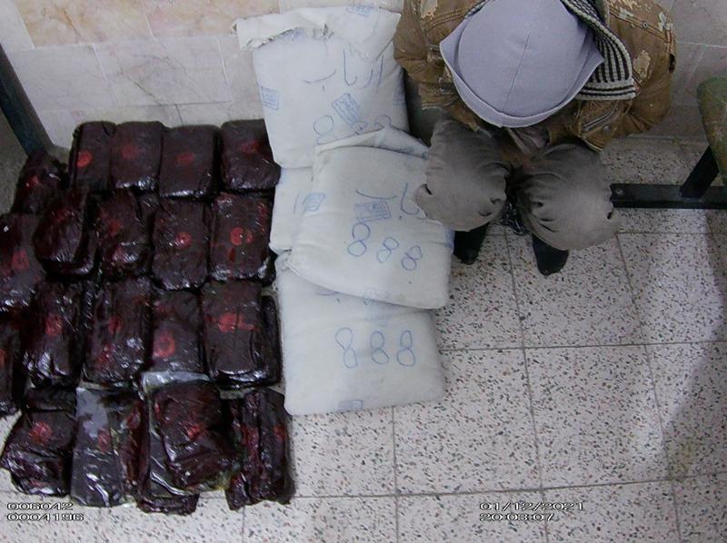 توقیف پراید حامل ۱۰۰ کیلو مواد افیونی در کرمان