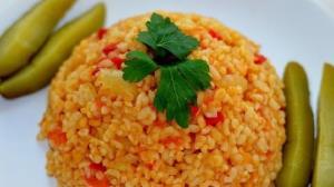 دمی بلغور جو کم هزینه و خوشمزه؛ غذای اصیل تهرانی